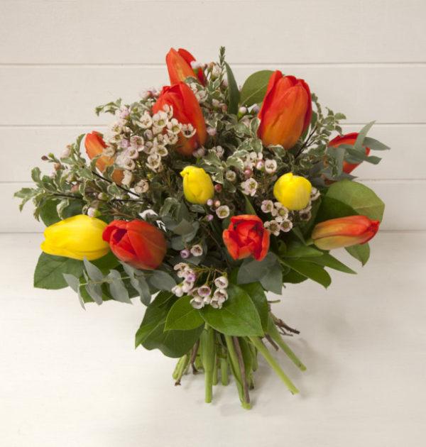 2 IMG_2804 bouquet di tulipani gialli e arancio (FILEminimizer)